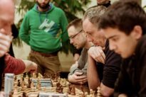 Favoritenstürze beim Schnellschach-Grand-Prix