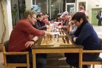 Silvester-Spaßblitz: Modler vor Artukovic und Eberlein
