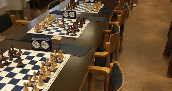 Weihnachtsgeschenke bei den Schachfreunden