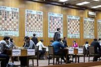 Back on Track: Melkumyan schlägt sechsfachen armenischen Landesmeister mit Schwarz!