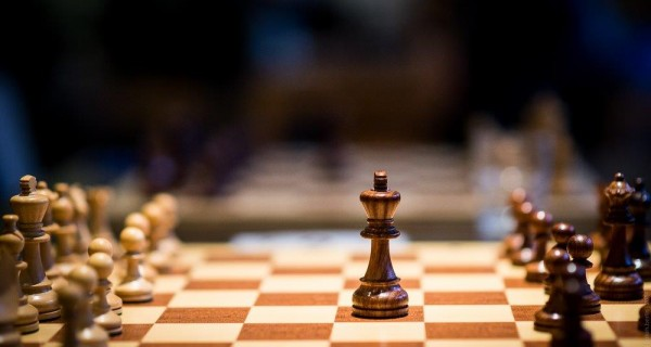 Spaßblitz an Neujahr: Artukovic gewinnt das Turnier und Prokop gewinnt 20 Euro