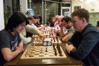 Mandic Spaßblitzkönig und Fen unschlagbar beim Spaßschnellschach